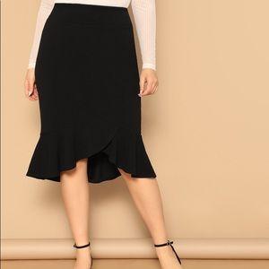 Plus Asymmetrical Ruffle Hem Solid Skirt